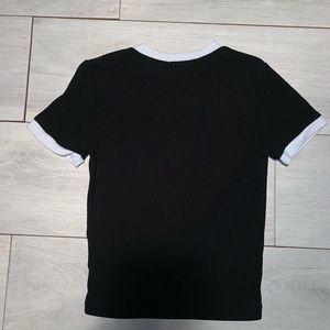Forever 21 Tops - Black and white forever 21 shirt